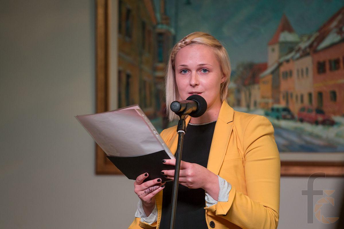 Ana Pisar povezuje nase literarne vecere